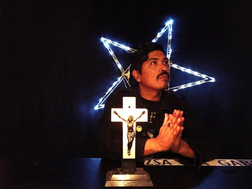 Pray Prey colorforweb